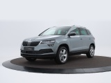 Skoda Karoq 1.0 TSI Ambition Business met o.a. Trekhaak, Panoramadak, dab, digitaal dashboar