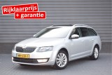 Skoda Octavia Combi 1.6 TDI 110pk Greentech Ambition Business Trekhaak Panoramadak Navigatie