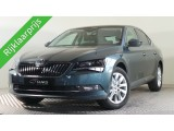Skoda Superb 1.5 TSI ACT Ambition Business met o.a. Techpakket, achteruitrijcamera, verwarmba