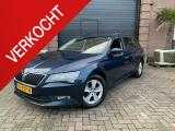 Skoda Superb Combi 1.6 TDI Active Business + Navi + Climate Control + PDC + Trekhaak
