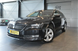 Skoda Superb Combi 2.0 TDI Style navi clima cruise xenon camera trekhaak !!