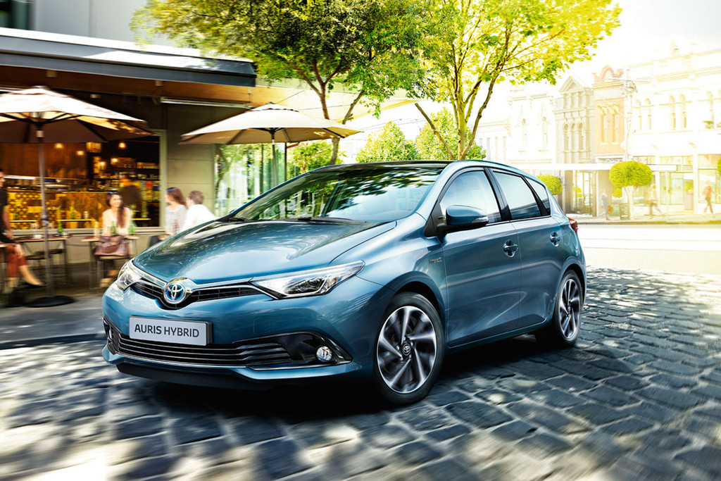 modelinformatie nieuwe toyota auris 1 8 hybrid dynamic go 100kw cvt aut hatchback 5 deurs. Black Bedroom Furniture Sets. Home Design Ideas