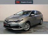 Toyota Auris Touring Sports 1.8 Hybrid Edition Pano Navi Safety