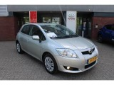 Toyota Auris Hatchback 1.6 Benz