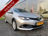 Toyota Auris Touring Sports 1.8 Hybrid luxe Dynamic Nl auto Navi etc.