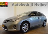 Toyota Auris Touring Sports 1.8 Hybrid EXECUTIVE PANORAMA/NAVI/ECC/CAMERA