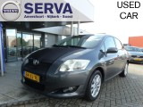 Toyota Auris 1.6-16V Luna Business