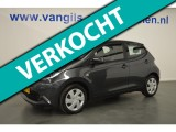 Toyota Aygo 1.0 VVT-i x-play 5-drs Navi, Led, Airco, Camera