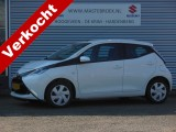 Toyota Aygo 1.0 VVT-I X-PLAY Airco / Cruise control Staat in Hardenberg