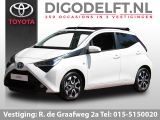 Toyota Aygo 1.0 VVT-i x-first + canvas dak | Airco | Camera | Bluetooth | LM-velgend