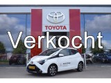 Toyota Aygo 5-deurs 1.0 VVT-i 72pk x-first | X-Beat Audio | X-Connect | 15'' Lichtmetalen ve