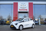 Toyota Aygo 5-deurs 1.0 VVT-i 73pk x-play | Multimedia pack | Parkeercamera achter | Airco |