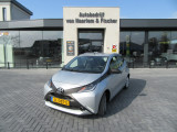 Toyota Aygo 1.0 VVT-i X-Now, 5deurs, Airco, Cruise Control