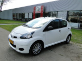 Toyota Aygo 1.0-12V Cool Airco 5-drs
