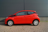 Toyota Aygo 1.0 VVT-i X-Play l Bluetooth | Parkeercamera | Luxe Uitvoering