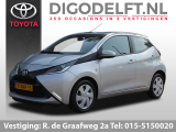 Toyota Aygo 1.0 VVT-i x-play | Airco | Camera | Bluetooth
