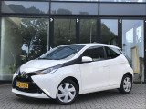 Toyota Aygo 1.0 VVT-i x-play | Airco | Cruise Control | Radio | Staat in de Krim