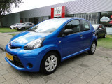 Toyota Aygo 1.0 Now Airco 5-drs, (dealer onderh.)