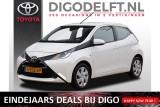 Toyota Aygo 1.0 VVT-i x-play Automaat | Navigatie | Cruise control | Airco | Camera