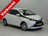 Toyota Aygo 1.0 VVT-i x-play 5-Drs. Airco Bluetooth Camera  LMV