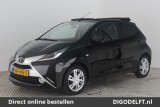 Toyota Aygo 1.0 VVT-i X-Wave Cabrio Automaat | Navigatie | Climate control | Smart Entry