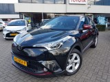 Toyota C-HR 1.2 T Dynamic Black Lava-Red Pack | Navi