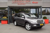 Toyota Land Cruiser V8 4.5 D-4D EXECUTIVE A/T VAN