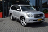 Toyota Land Cruiser V8 4.5 D-4D EXECUTIVE A/T VAN 65
