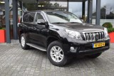 Toyota Land Cruiser 150 3.0 D-4D 5DRS EXECUTIVE A/T VAN