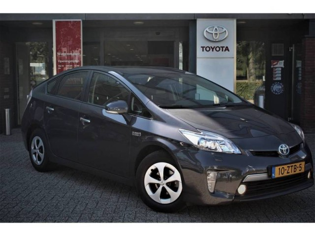 Toyota Prius 1 8 Plug In Hybrid Dynamic Business Cvt Automaat