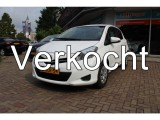Toyota Yaris 1.0 VVT-I NOW wit