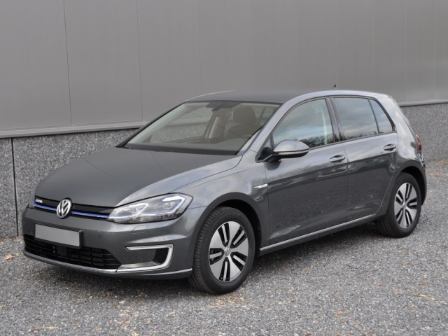 Volkswagen Golf E Golf Full Options 11 2018 Operational Lease 552