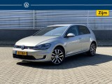 Volkswagen Golf e-Golf 136 pk | Dynaudio | Full led | Navigatiesysteem | Winterpakket | 3D led a