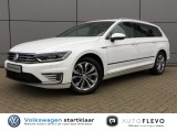 "Volkswagen Passat Variant GTE Connected Plus 2.435 Voord. 15% PANO/17""/LED ."