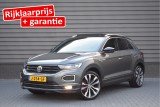 Volkswagen T-Roc 1.5 TSI 150pk DSG R-Line Sport Business R Led Trekhaak Panoramadak Beats Keyless
