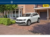 Volkswagen Tiguan 1.5 TSI ACT Highline Business R | R-line | Led plus | Trekhaak wegklapbaar | Pan