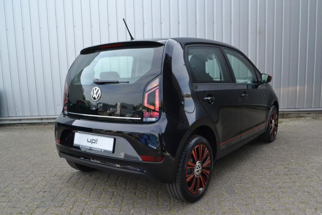 Volkswagen Up 1060pk High Up â Beats Audio â Lichtmetalen Velgen â Stuur Multifunctioneel