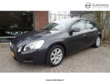 Volvo S60 T3 Kinetic / Navi