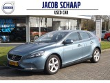 Volvo V40 D2 115pk MOMENTUM / Intro-line / Trekhaak / Keyless start