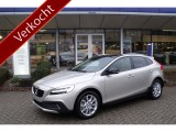 Volvo V40 Cross Country T3 150pk Automaat Polar+ Luxury met Parkeerverwarming