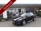 "Volvo V40 Cross Country T4 180 pk Momentum / 18"" / Body Kit / Business Pack / Winter Line"