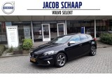 Volvo V40 2.0 D4 190 pk R-Design Business / Getint glas / Trekhaak /