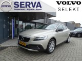 Volvo V40 Cross Country T3 Aut. Polar+ Luxury Panorama / Leder / LED / OnCall / Standkache