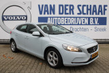 Volvo V40 2.0 D4 190PK Momentum / Volvo on Call / Afn. Trekhaak / LMV / Full Map Navi / De