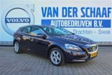 Volvo V40 2.0 D2 120PK / Momentum Business / Full Map Navi / Trekhaak / LMV / Stoelverwarm