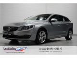 Volvo V60 2.4 D6 AWD Plug-In Hybrid Summum 215pk Achteruitrijcamera, PDC Achter, Cruise