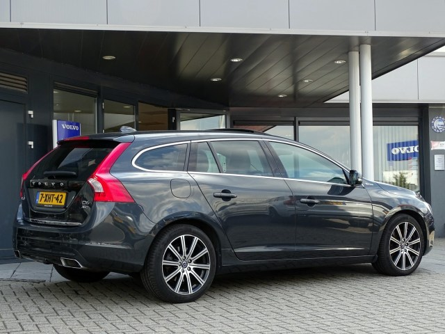 Volvo V60 D6 Plug In Summum Inc Btw Hybrid Technology Tweedehands