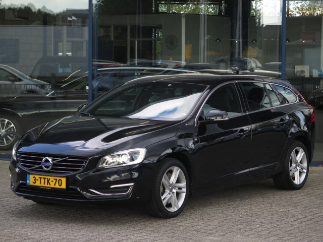 Volvo V60 2 4 D6 Awd Plug In Hybrid Incl Btw Summum