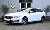Volvo V60 2.4 D5 Twin Engine Special Edition Panorama dak - Trekhaak - Leder