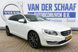Volvo V60 D5 AWD Twin Engine Special Edition / Schuifdak / 19 inch / Adaptive Cruise / Afn